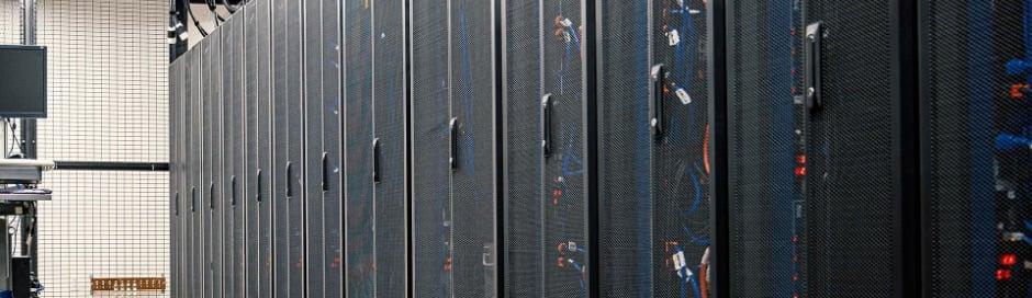 datacenter-server-racks
